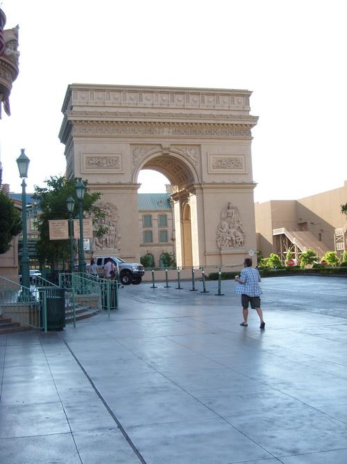 http://s.cheche.free.fr/Poker/LAS_VEGAS/BLOG/BAT_14.JPG