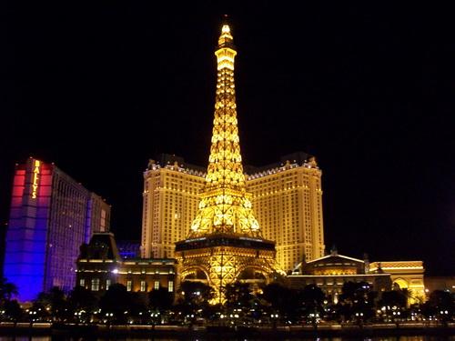 http://s.cheche.free.fr/Poker/LAS_VEGAS/BLOG/CHECHE_50.JPG